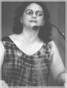 Berna Menezes 2001 - 2004